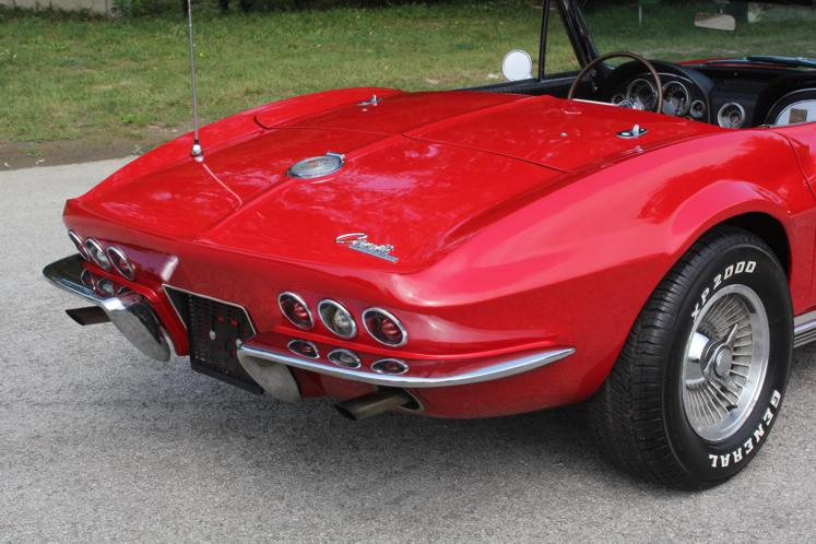 Chevrolet Corvette Sting Ray Roadster 1964