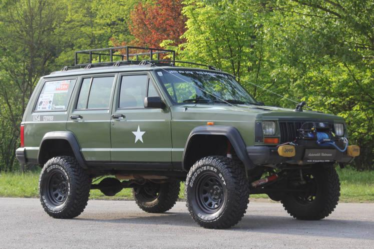 Jeep XJ 4.0 HO 4x4 Monster Truck 1994
