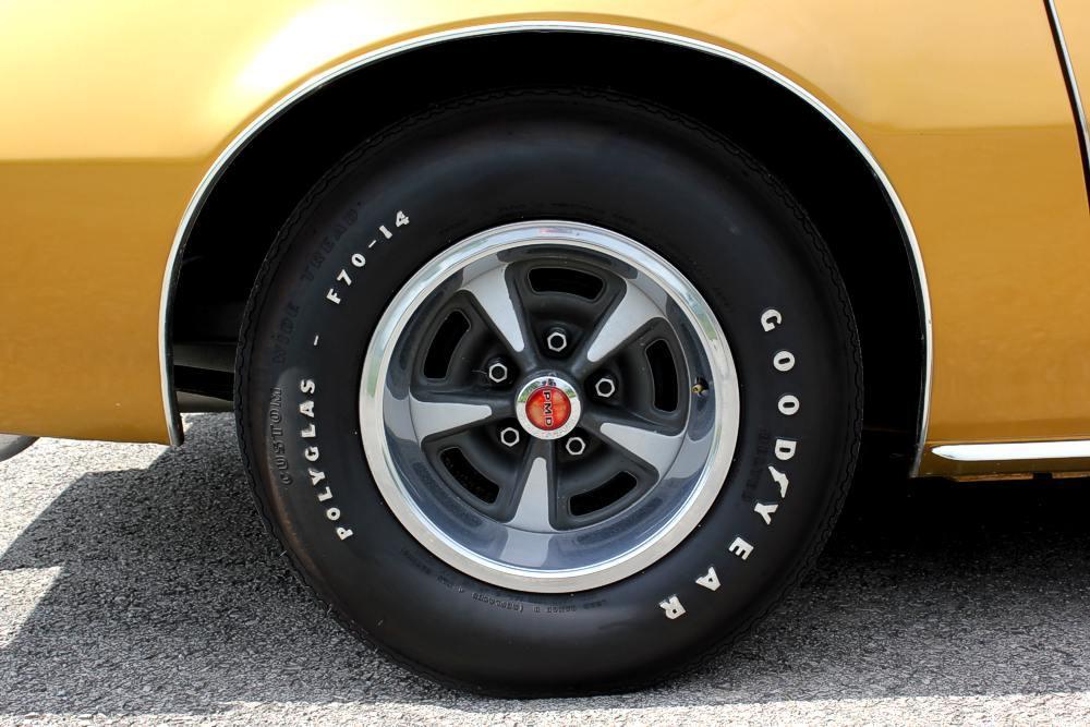 048shm176424 further 098shm110765 together with 6702 1991 Pontiac Firebird 5 furthermore Pontiac Firebird Trans Am 2 as well 2002f. on pontiac firebird